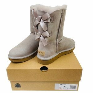 NEW UGG BAILEY BOW Winter Boots Womens Sz 8 NIB